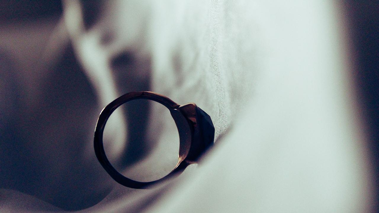 Hayata Kast, Pek Kötü veya Onur Kırıcı Davranış Sebebiyle Boşanma Davası