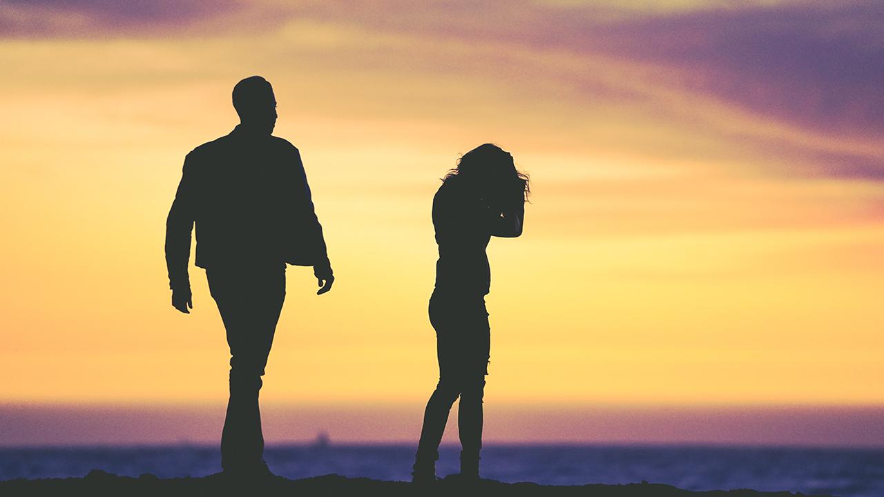 Zina (Aldatma) Nedeniyle Boşanma Davası ile Tazminat ve Süreler
