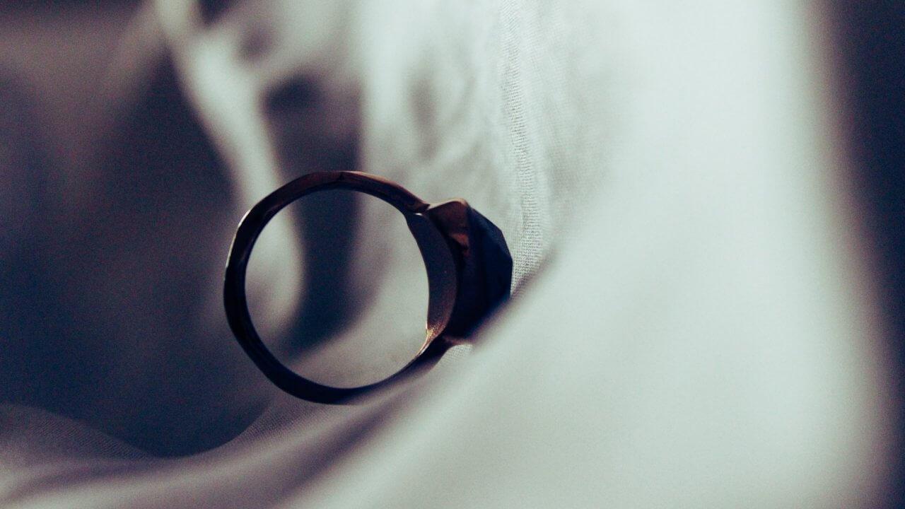 Soru – Cevap: Eşim Boşanmak İstiyor Ben İstemiyorum Ne Yapmalıyım?